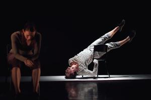EDC's Michelle Barnett and Jack Ziesing in Liesel Zink's SYNAPSE. Image by FenLan Chuang.