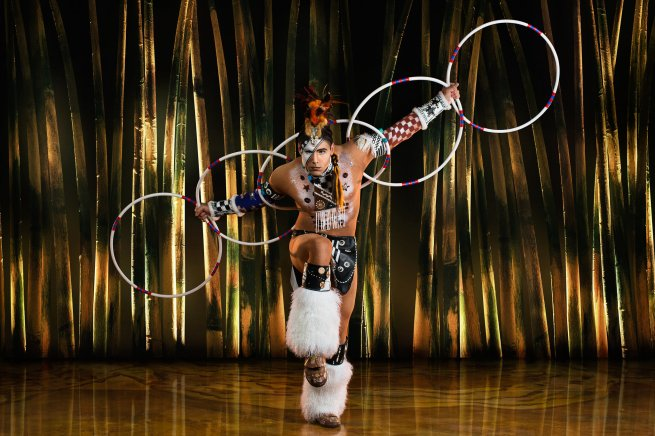 hoopdancer_totem