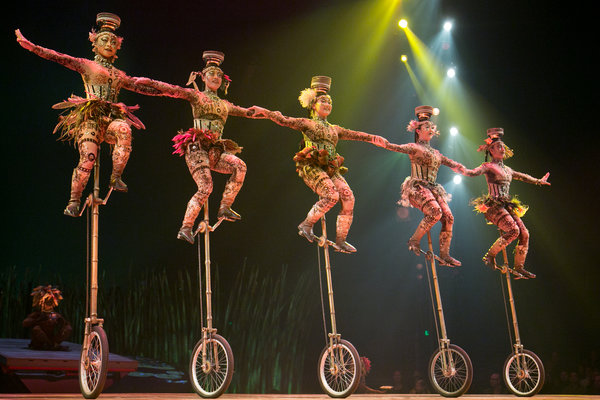 unicycles_totem